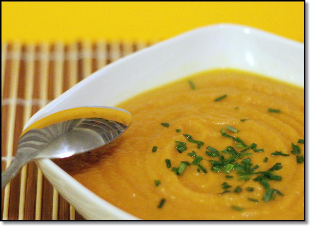 Zuppa di carota e pastinaca all arancia e zenzero for Cucinare zenzero