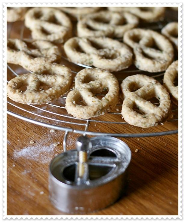 Biscotti salati salmone - pretzel