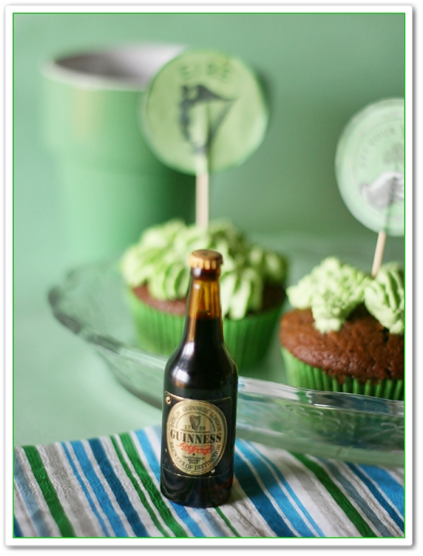 Gingerbread guinness cupcakes 3