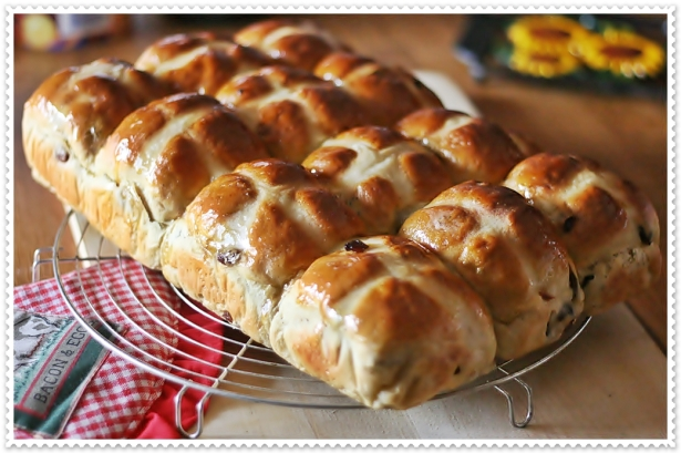 Hot cross buns 5