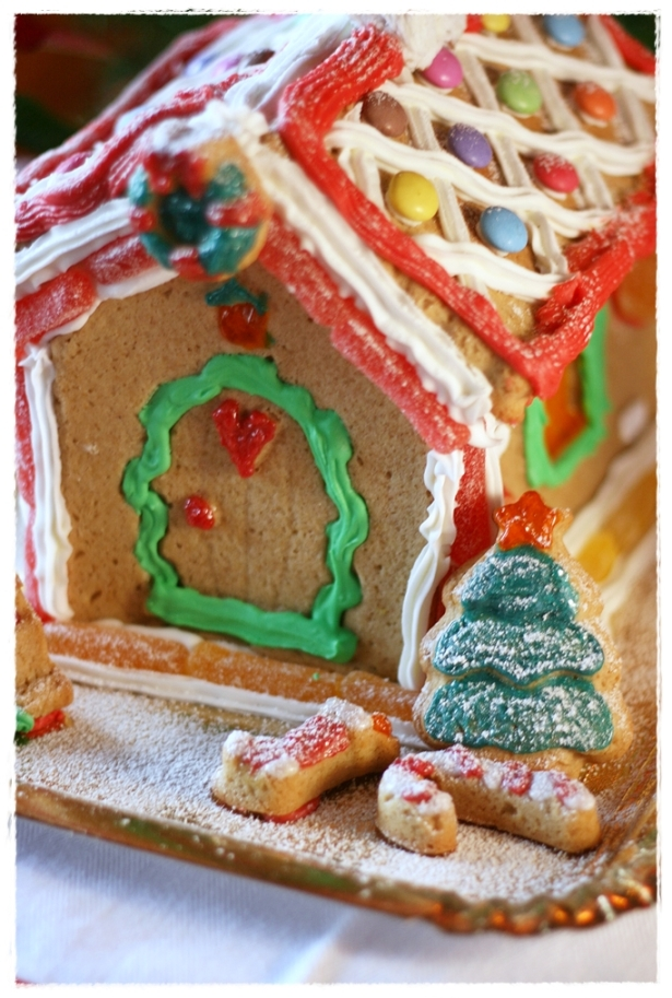 Gingerread house 2
