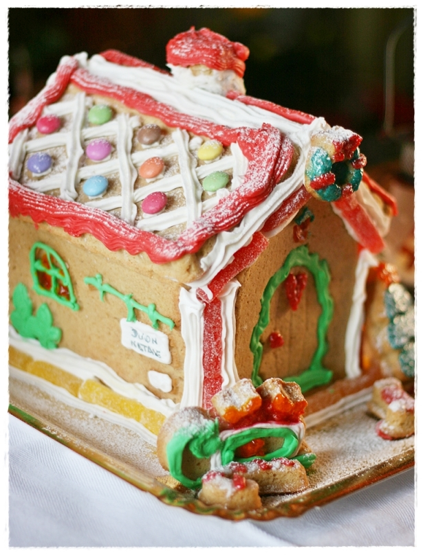 Gingerread house 6