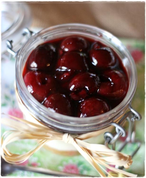 Cherry cheesecake in a jar 2