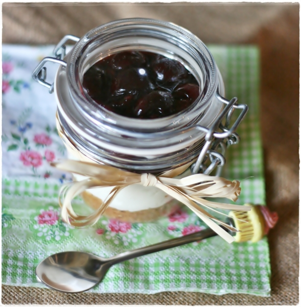 Cherry cheesecake in a jar 3
