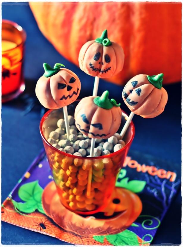 pumpkin cake pops 3