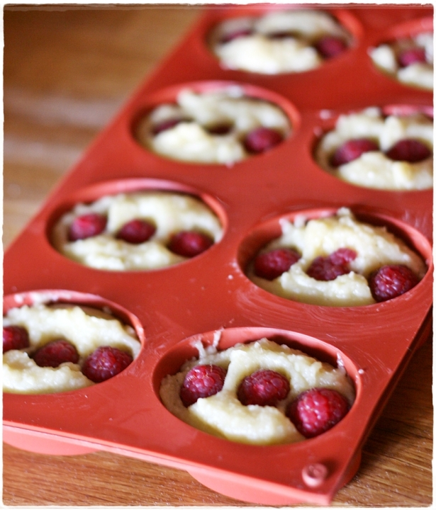 Raspberry friands7