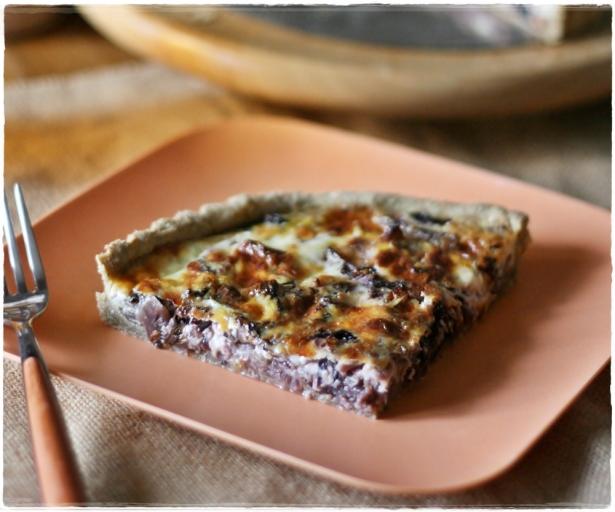 Torta salata con radicchio e stracchino3