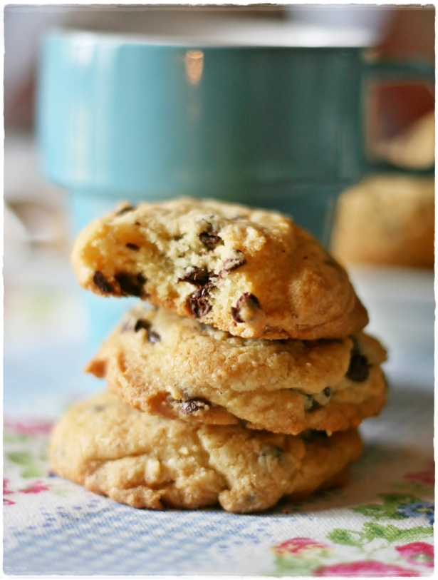 Choc chip cookies2