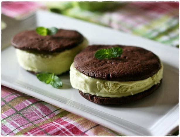 Biscotti gelato ciocco-menta3