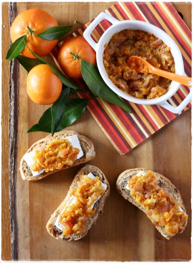 Crostinidi pane alle noci con camambert e chutney di clementine4