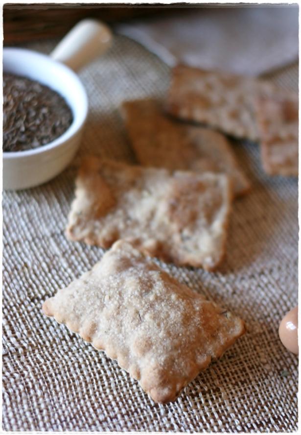 Crackers di segale con semi di carvi e trigonella7