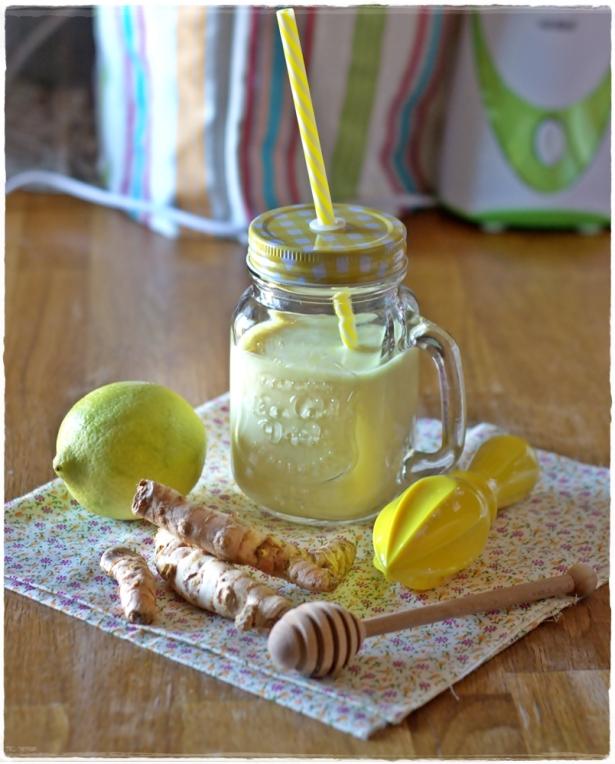 Smoothie limone e curcuma2