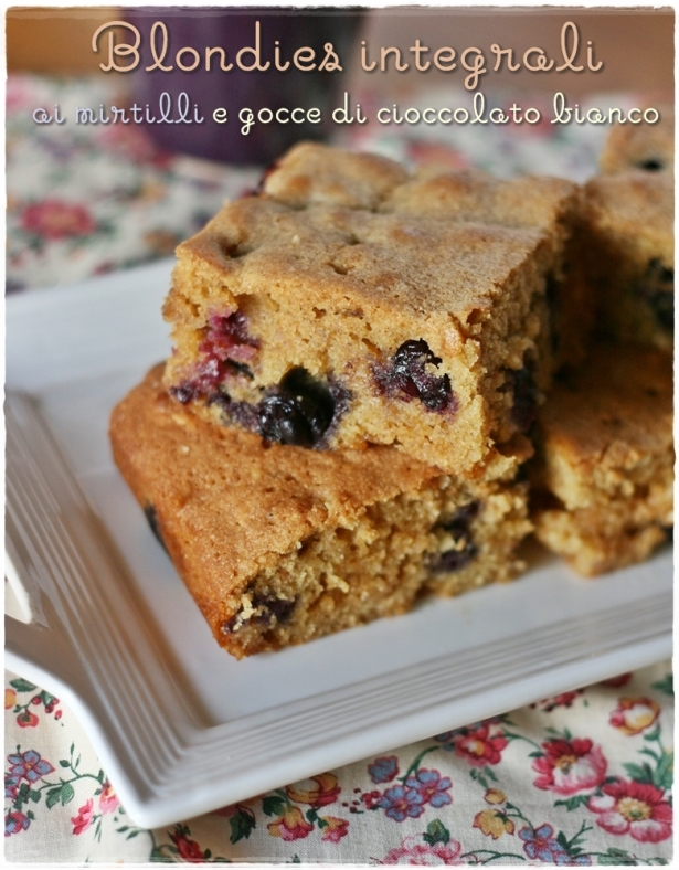 blondies-mirtilli-e-cioccolato-bianco3
